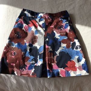 Express Floral skirt with gold back zipper